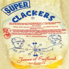 Super crackers advert 1970s